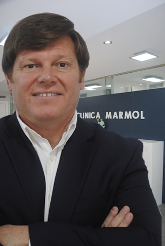 Dr.Pablo Mármol