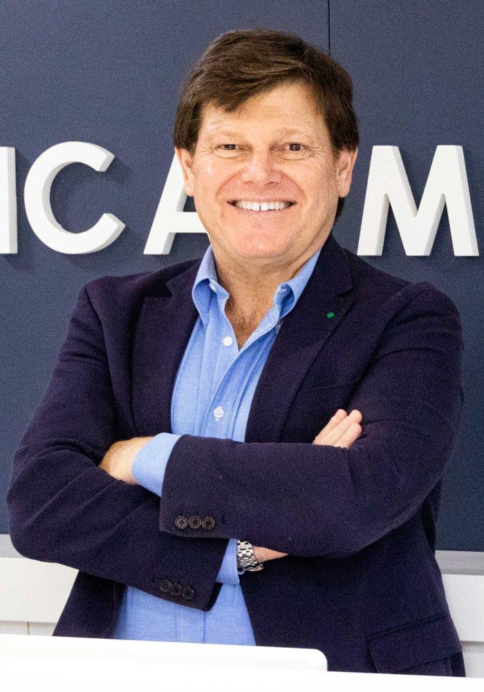 Dr. Pablo Mármol